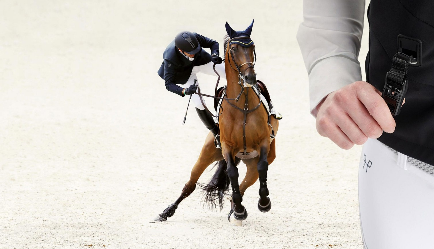 Airbag For Riders Our Athletes Give Their Opinion Technical Clothing For Riders Horse Pilot